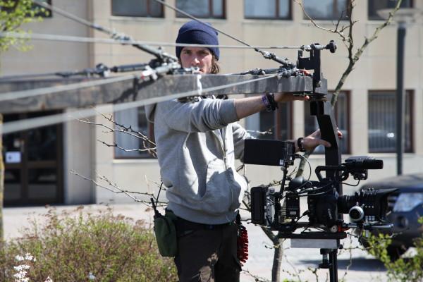 Anton Holm vid kamerakranen